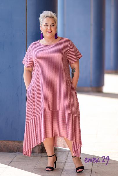 Trapezowa sukienka w paski czerwona