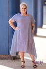 Trapezowa sukienka w paski biało-granatowa (2)