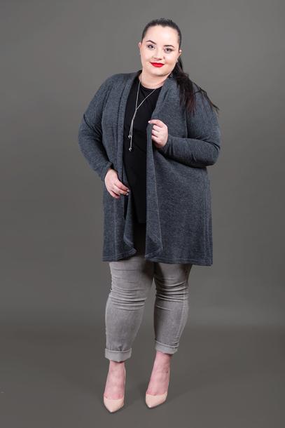 Narzutka sweterkowa szara