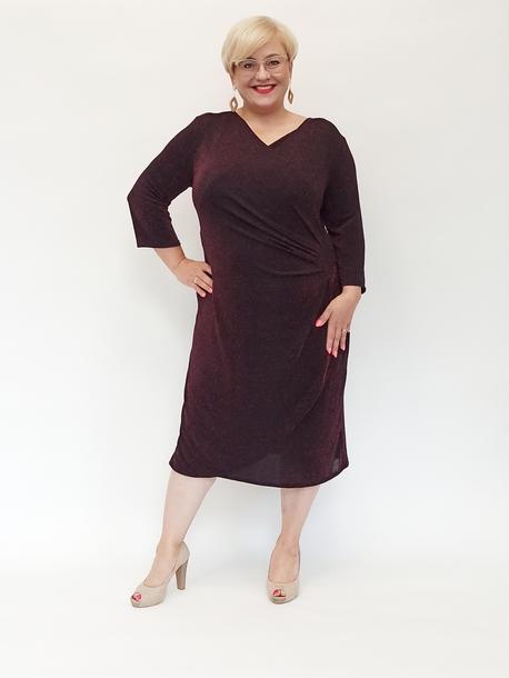 Sukienka czarna ze czerwoną nitką