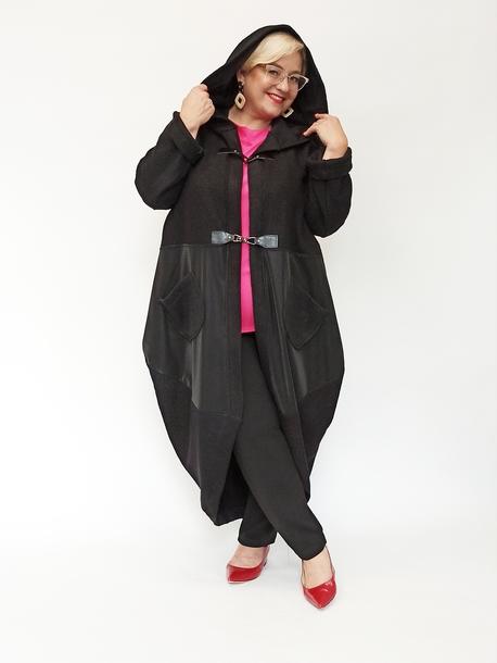Płaszcz bombka czarny