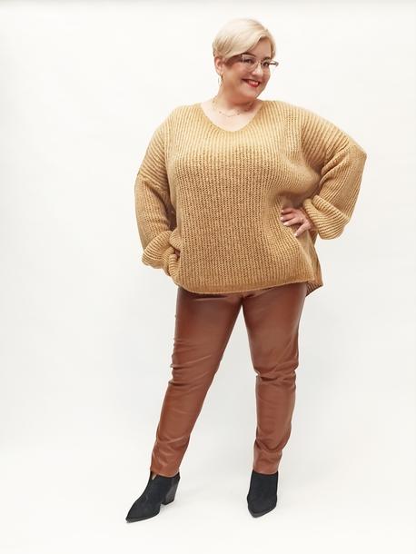 Sweter oversize karmelowy