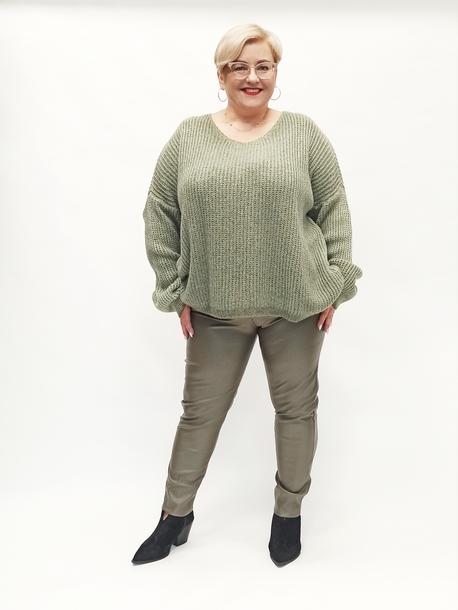 Sweter oversize oliwkowy